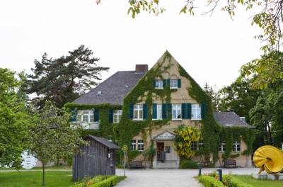 Haus am Waldsee - Internationale Kunst in Berlin